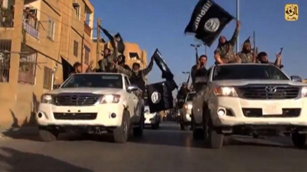 ISISinRaqqa.26Aug2014.AFP_